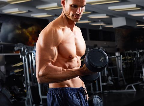Want to Build Better Biceps? Avoid These 4 Common Training Mistakes.