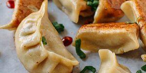 Dumplings de pollo y setas shiitake