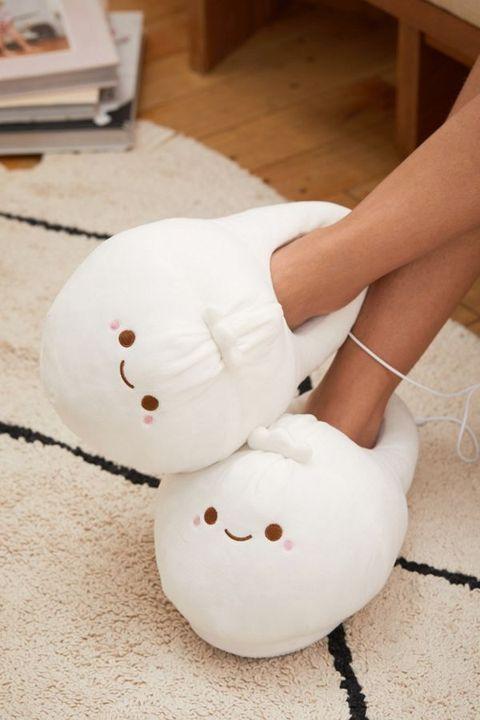 Footwear, Stuffed toy, Plush, Leg, Textile, Shoe, Foot, Child, Toy,