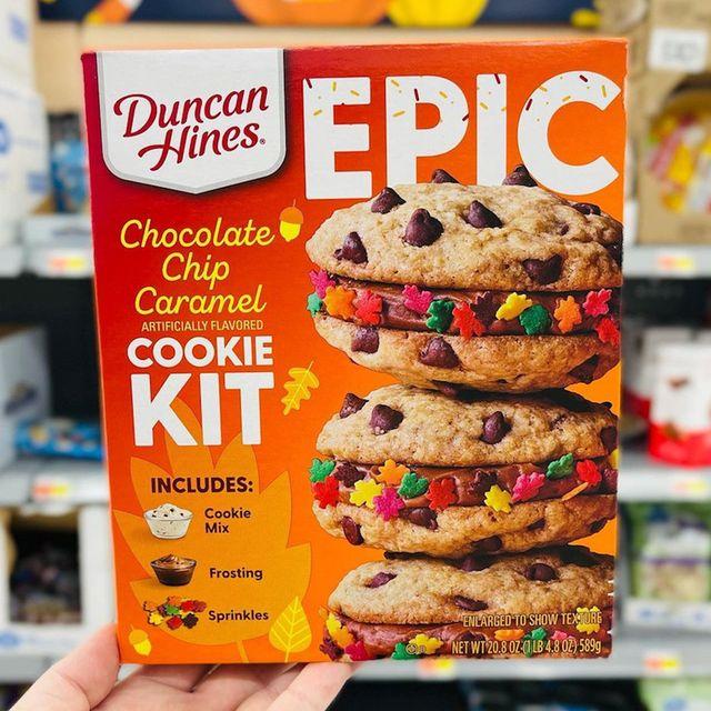 duncan hines chocolate chip caramel fall baking kit