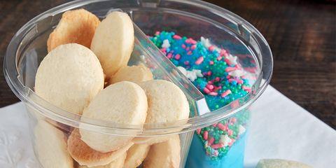 Food, Cuisine, Dish, Junk food, Ingredient, Cookie, Sweetness, Dessert, Cookies and crackers, Snack,
