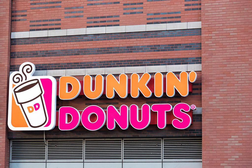What Are Dunkin Donuts Christmas Hours? Here's What to Know