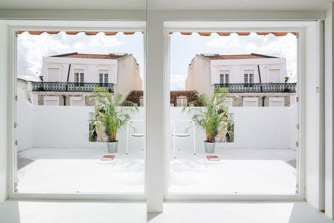 Dúplex de diseño minimalista con terraza en Lisboa