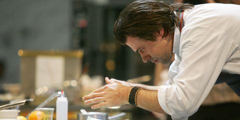 dutch chef sergio herman gets busy in th