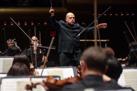jaap van zweden conducts the ny philharmonic