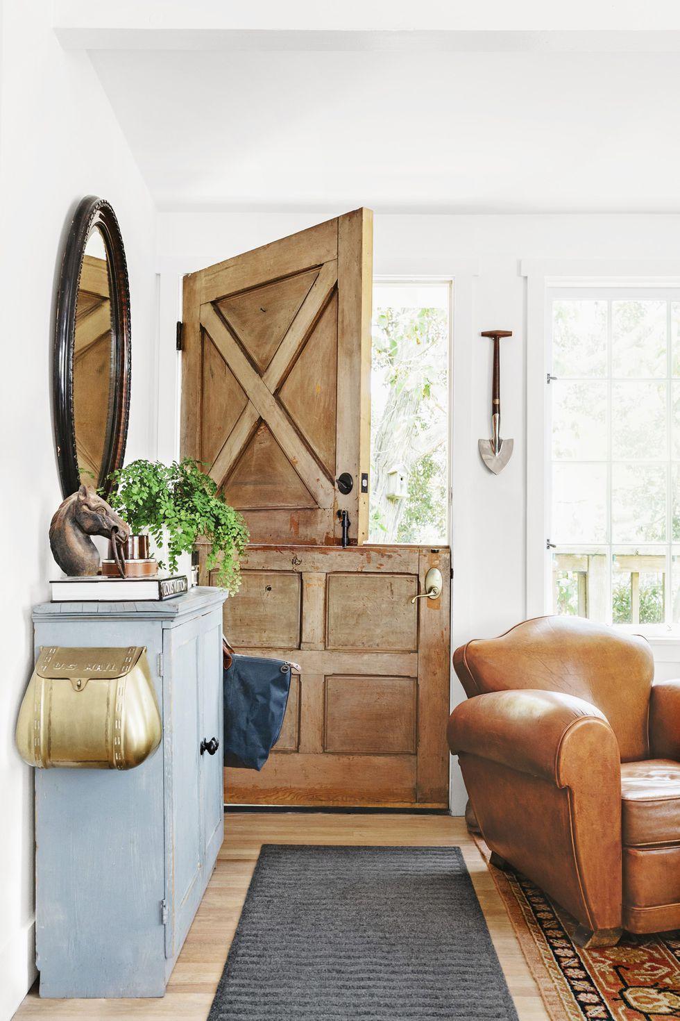 18 Charming Dutch Doors Exterior And Interior Half Door Ideas