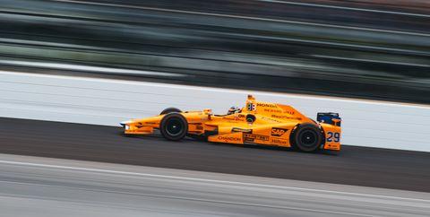 Race car, Formula libre, Vehicle, Motorsport, Sports car racing, Formula one, Race track, Formula one car, Racing, Car,