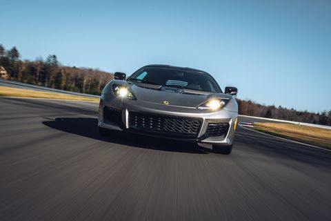 900 Miles Two Racetracks 28 Hours The Lotus Evora 400 Shrugs Off