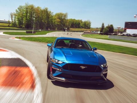 The Current Ford Mustang Will Reportedly Stick Around Until 2026