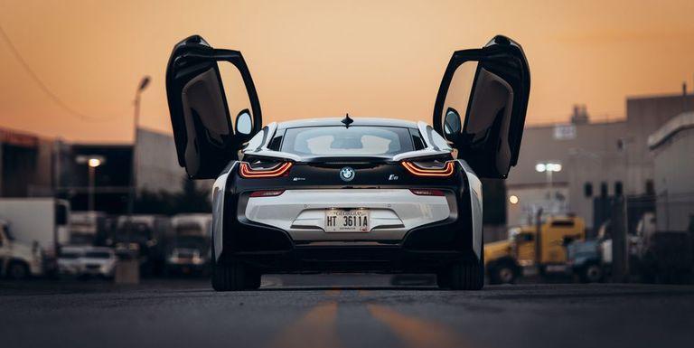 Is The BMW I Still Impressive - Fast car 361