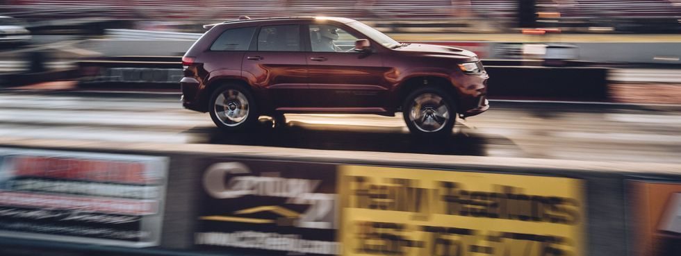 We Took The 707 Horsepower Jeep Trackhawk Drag Racing