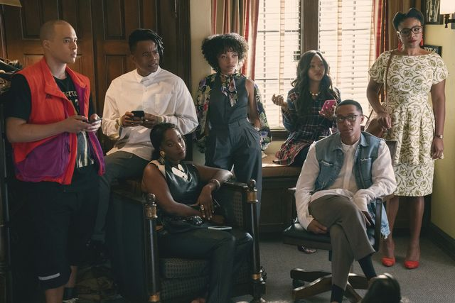 dear white people l to r jemar michael as al, marque richardson as reggie green, ashley blaine featherson as joelle brooks, logan browning as samantha white, antoinette robertson as coco conners, deron horton as lionel higgins, and courtney sauls as brooke in episode 401 of dear white people cr lara solankinetflix © 2021