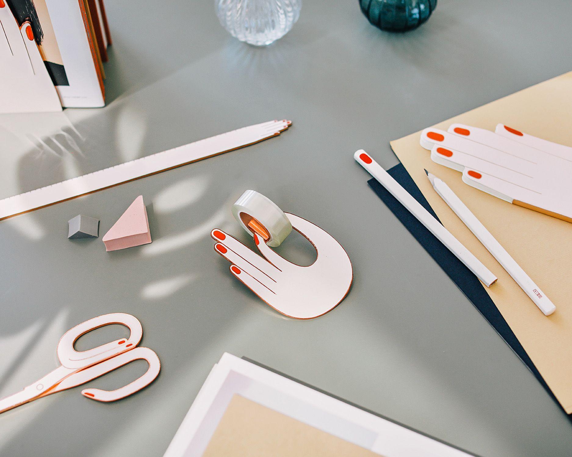 「小手手」文具組可愛到想吃手手!書桌上的文具就是要長得可愛才會想用它啊!