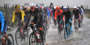 UCI reviews cyclist safety protocol