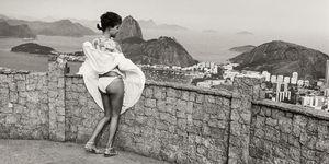 Rio, Brasile, estate,gonna alzata