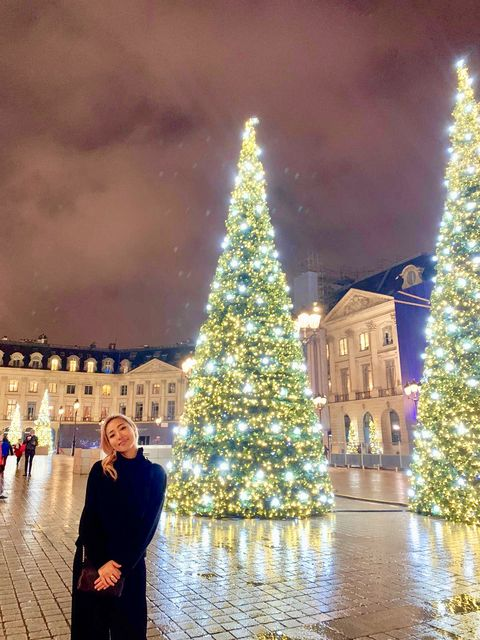 Christmas tree, Tree, Christmas decoration, Sky, Landmark, Light, Christmas, Architecture, Christmas lights, Lighting,