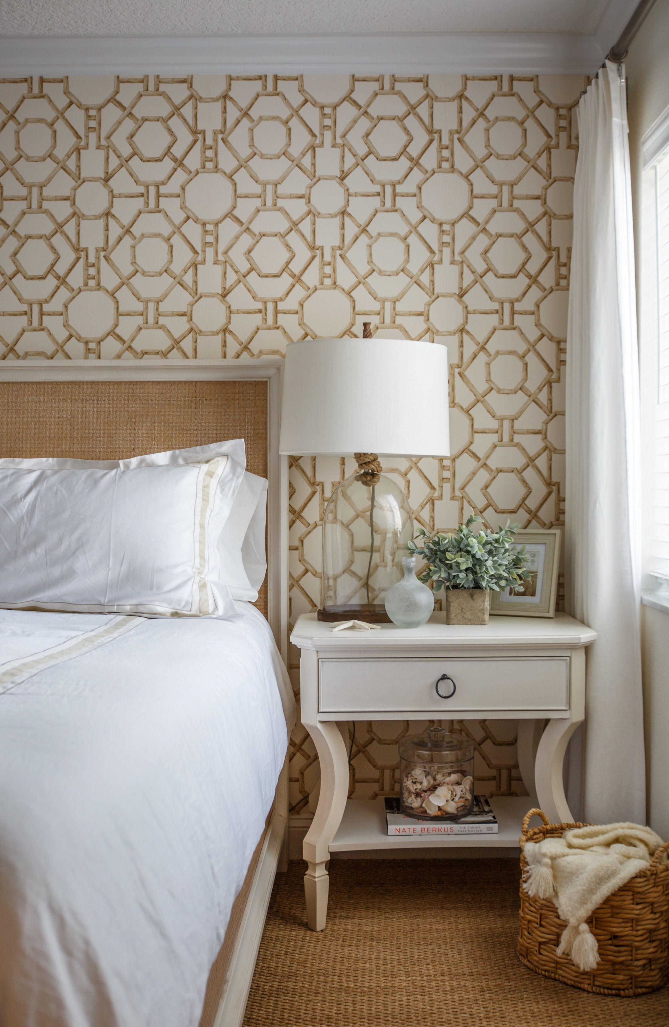 10 Bedroom Wallpaper Ideas - Statement Wallpapers We Love