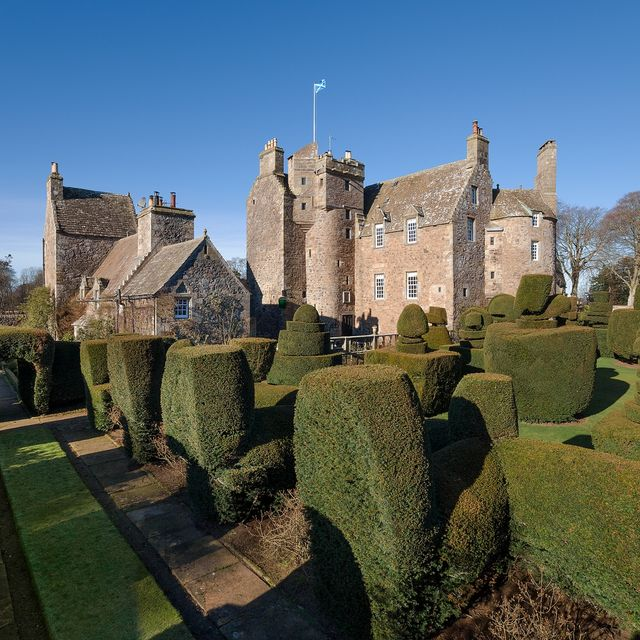 earlshall castle for sale in scotland
