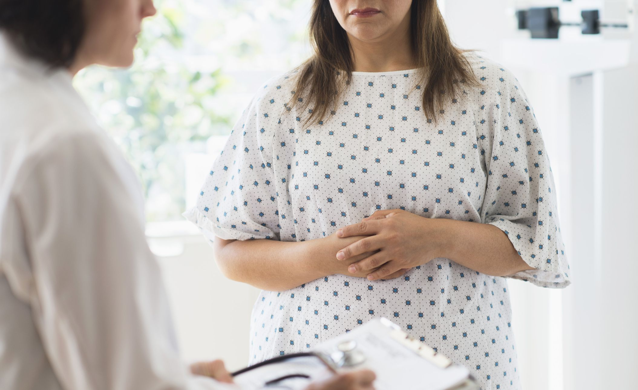 early symptoms of ovarian cancer