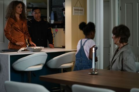 Bailey Baker consults medium Shyanna in EastEnders