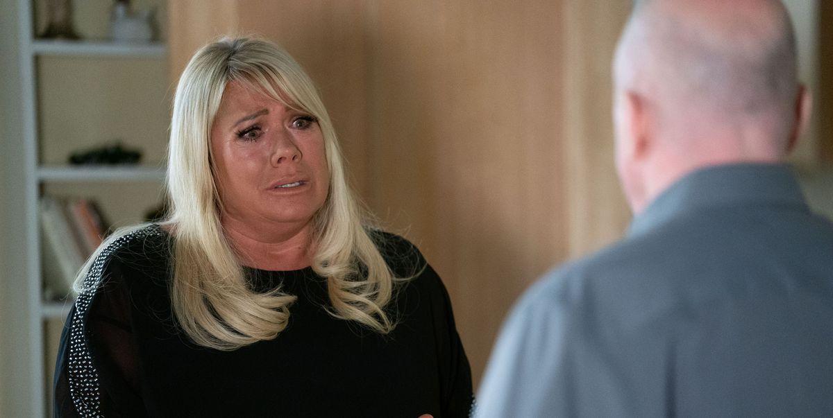EastEnders' Phil wants Sharon to choose between him and Kayden