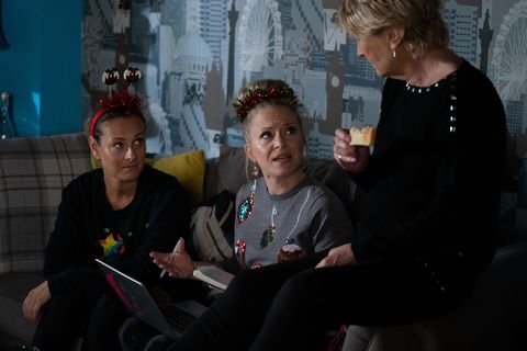 Tina, Linda and Shirley Carter in EastEnders