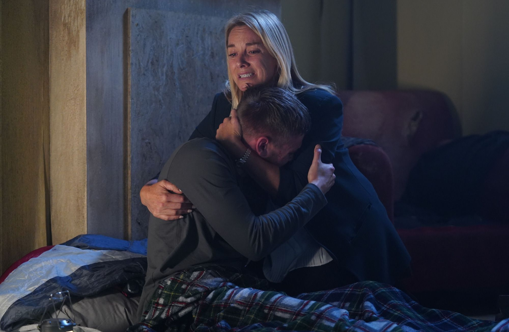 EastEnders' Mel Owen to be blackmailed by Ben as she tries to flee with Hunter