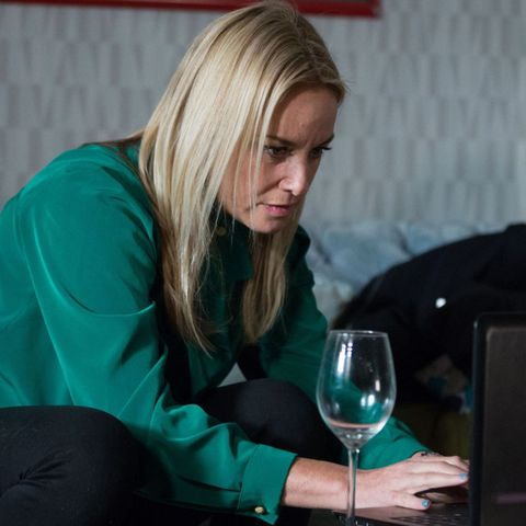 EastEnders revenge plan to escalate as Mel Owen tries to fleece Jack Branning