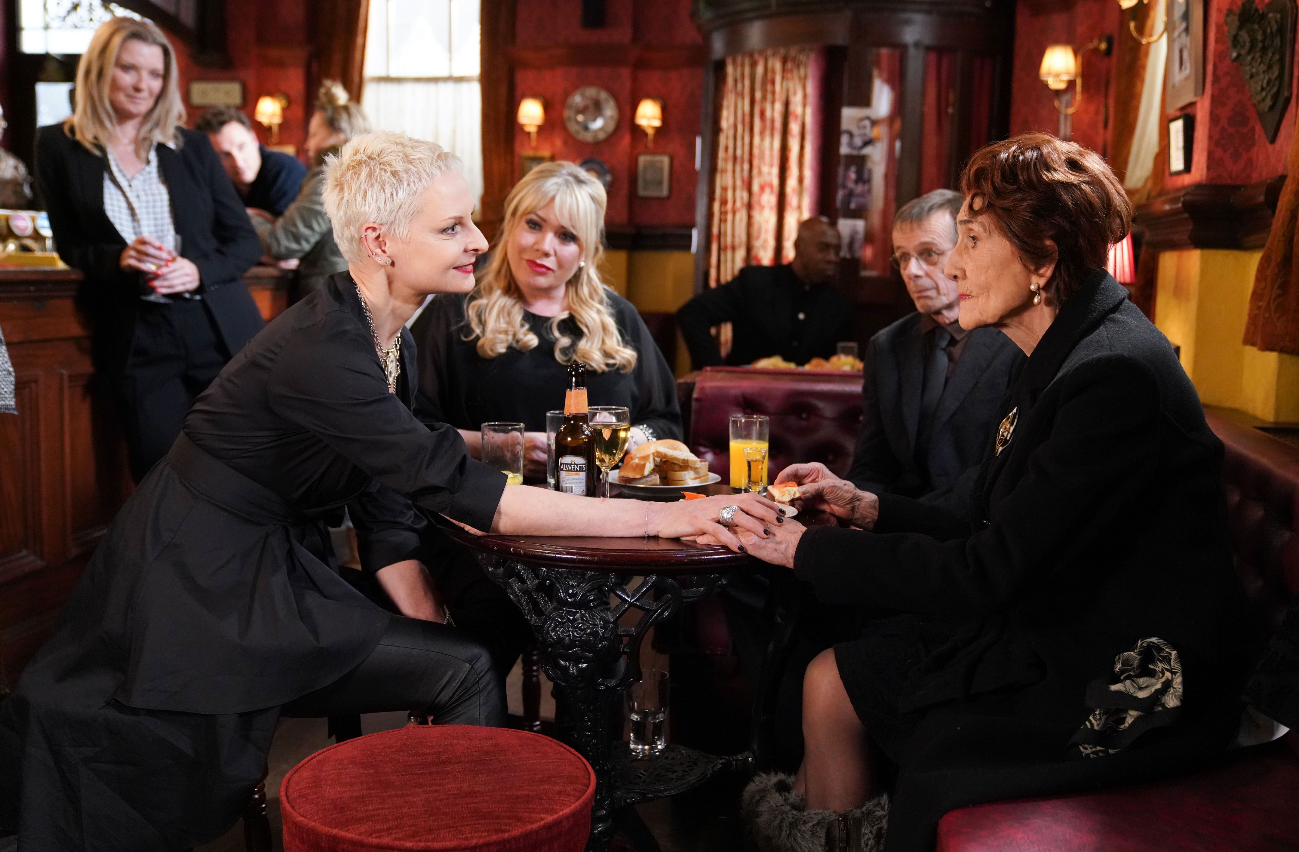 eastenders-mary-smith-george-holloway-return-3-1549797653.jpg?crop=1xw:1xh;center,top&resize=980:*