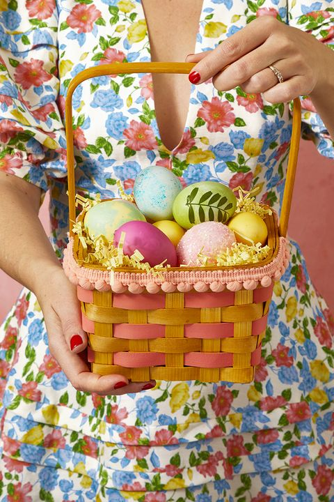 easter basket ideas - pom pom easter basket