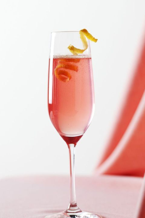 easter-cocktails-classic-champagne