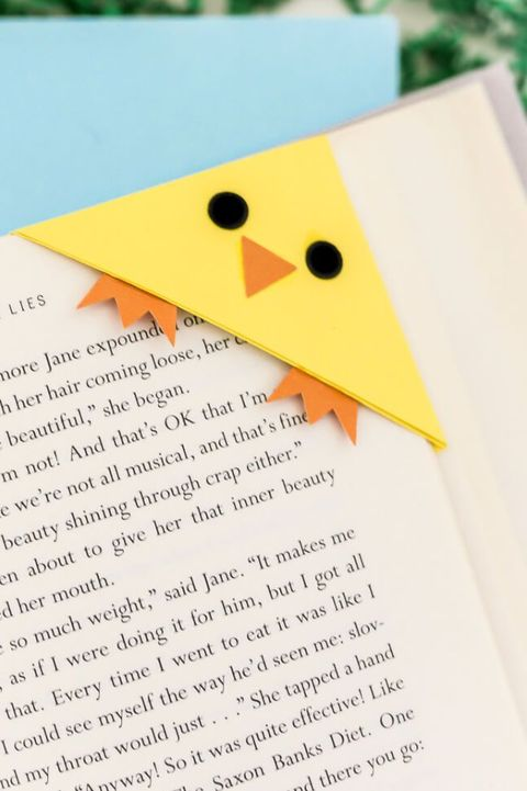 easter crafts - chick bookmark