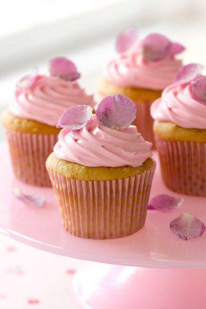 easter-cupcakes-rose-petal-cupcakes