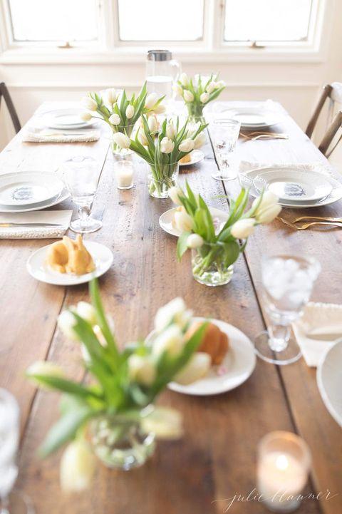 easter decoration ideas - tulip tablescape