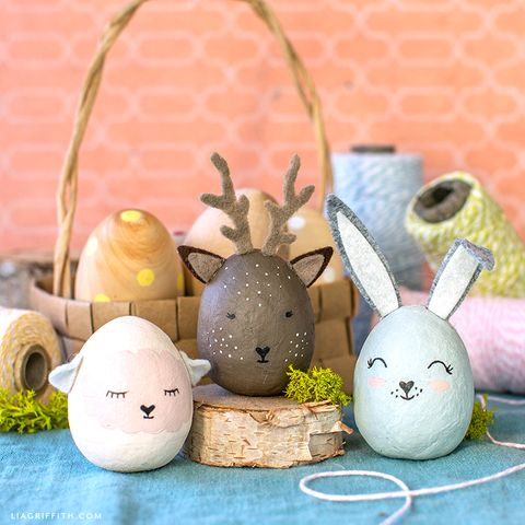 easter egg decorated as animals