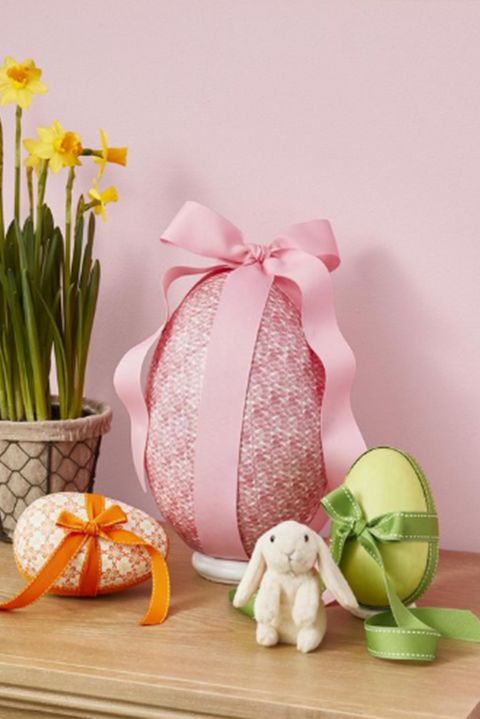 easter-egg-decor-surprise-egg