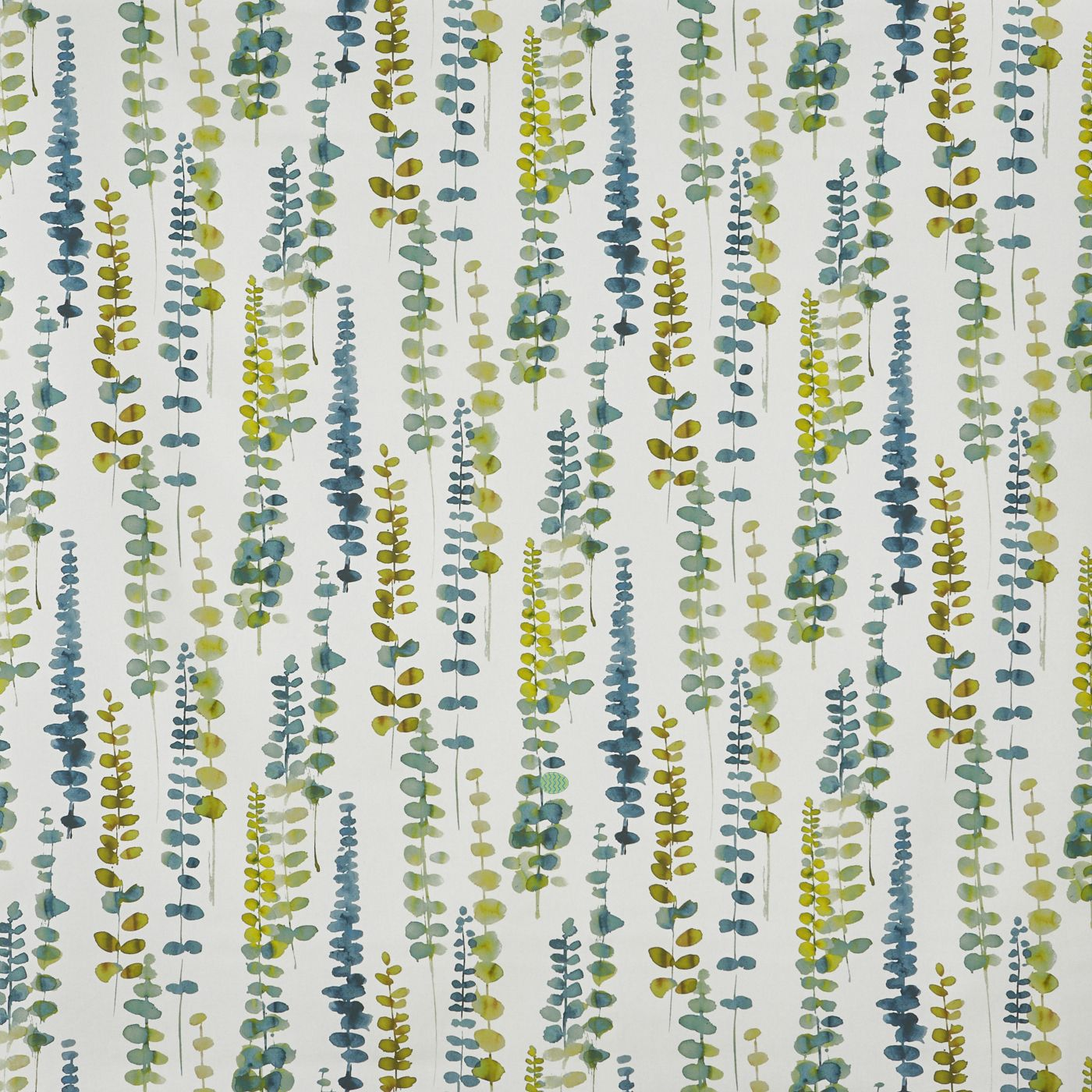 Easter brain teaser: Can you spot the hidden egg in this patterned fabric?