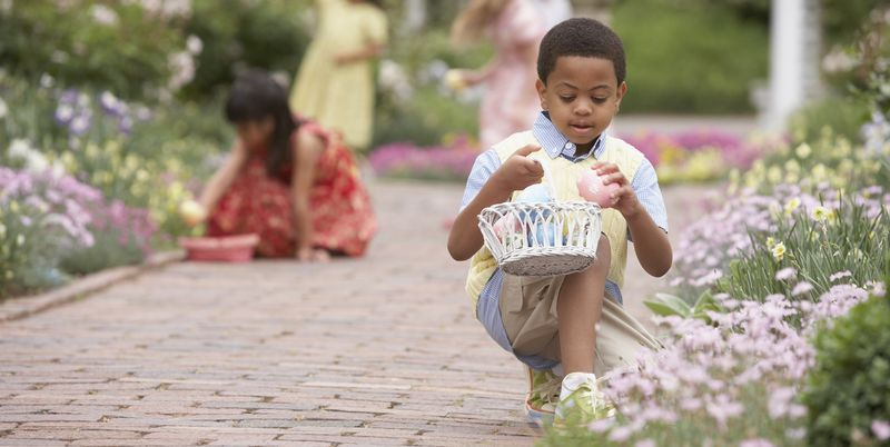 These Easter Egg Hunt Ideas Will Get the Whole Family Involved