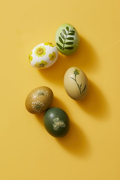 easter egg ideas - pressed flower eggs