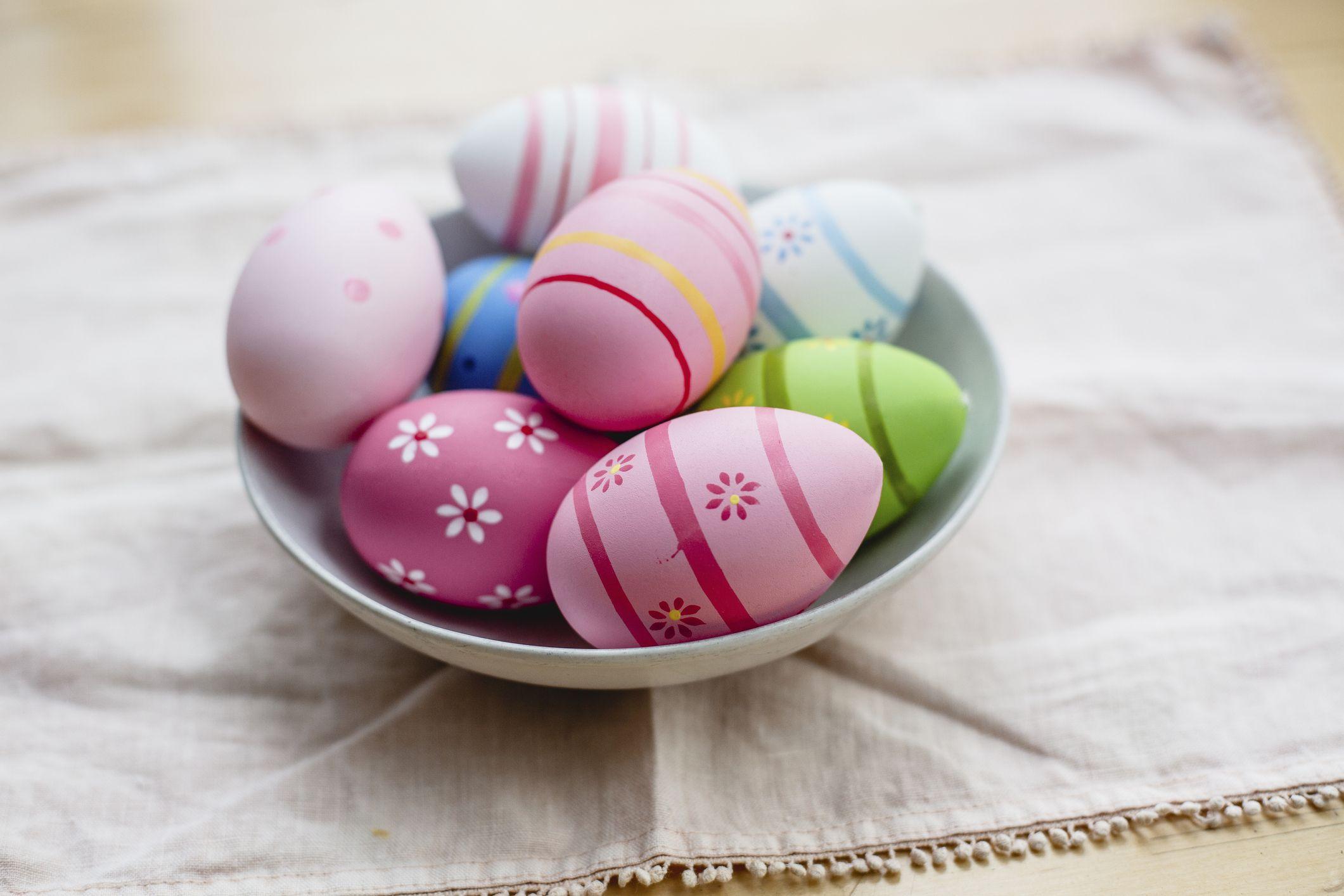 17 Easter egg decorating ideas from Pinterest