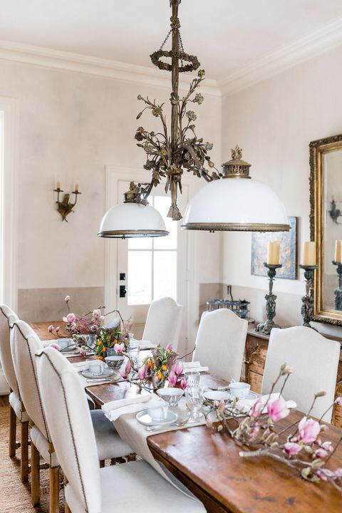 spring table decor with cherry blossoms