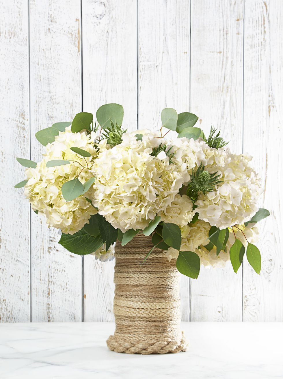Easter Flowers Rope on Glass Vase with White Flowers & 23 Best Easter Flowers and Centerpieces - Floral Arrangements for ...