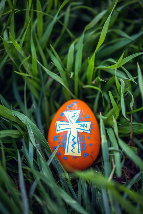 easter prayers cross egg