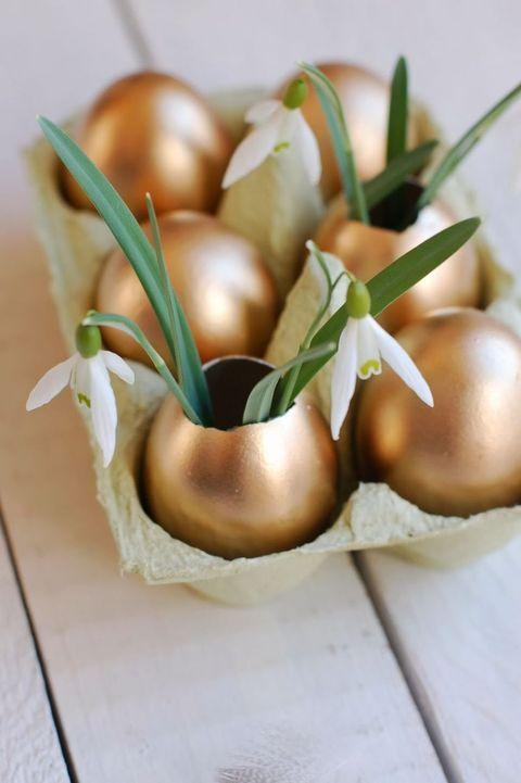 metalic easter egg vases