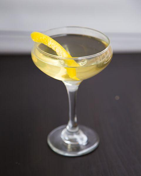 25 Easy Three Ingredient Cocktails