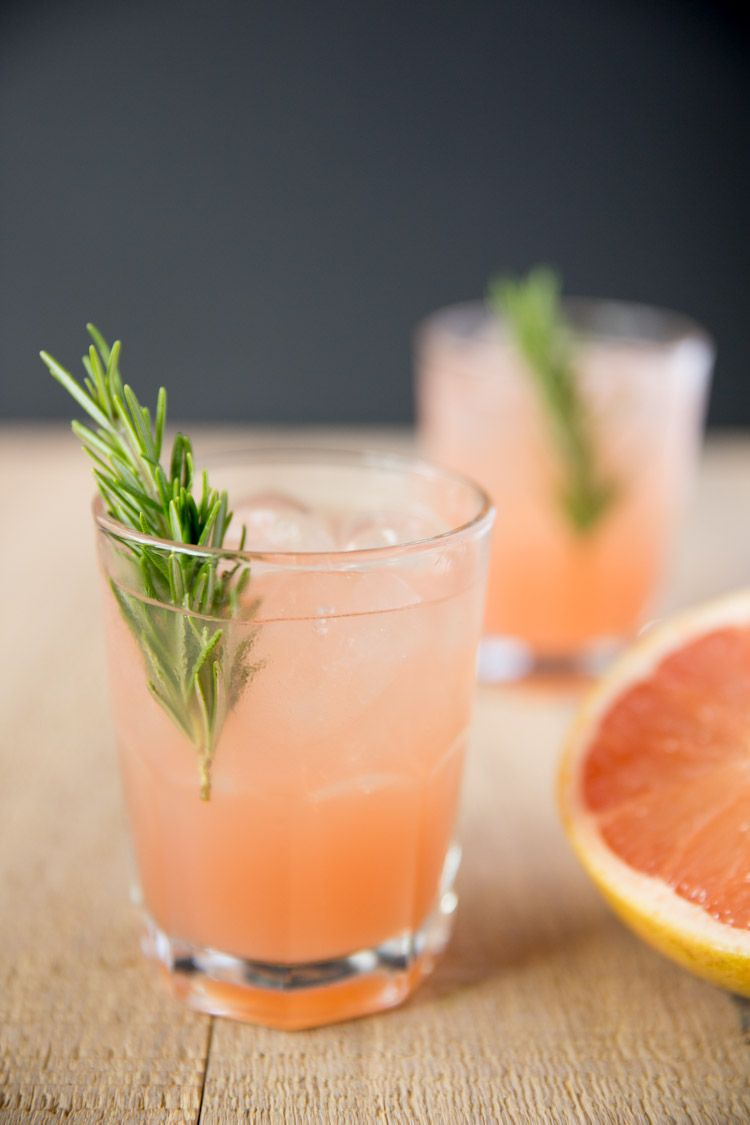 25 Easy Three Ingredient Cocktails