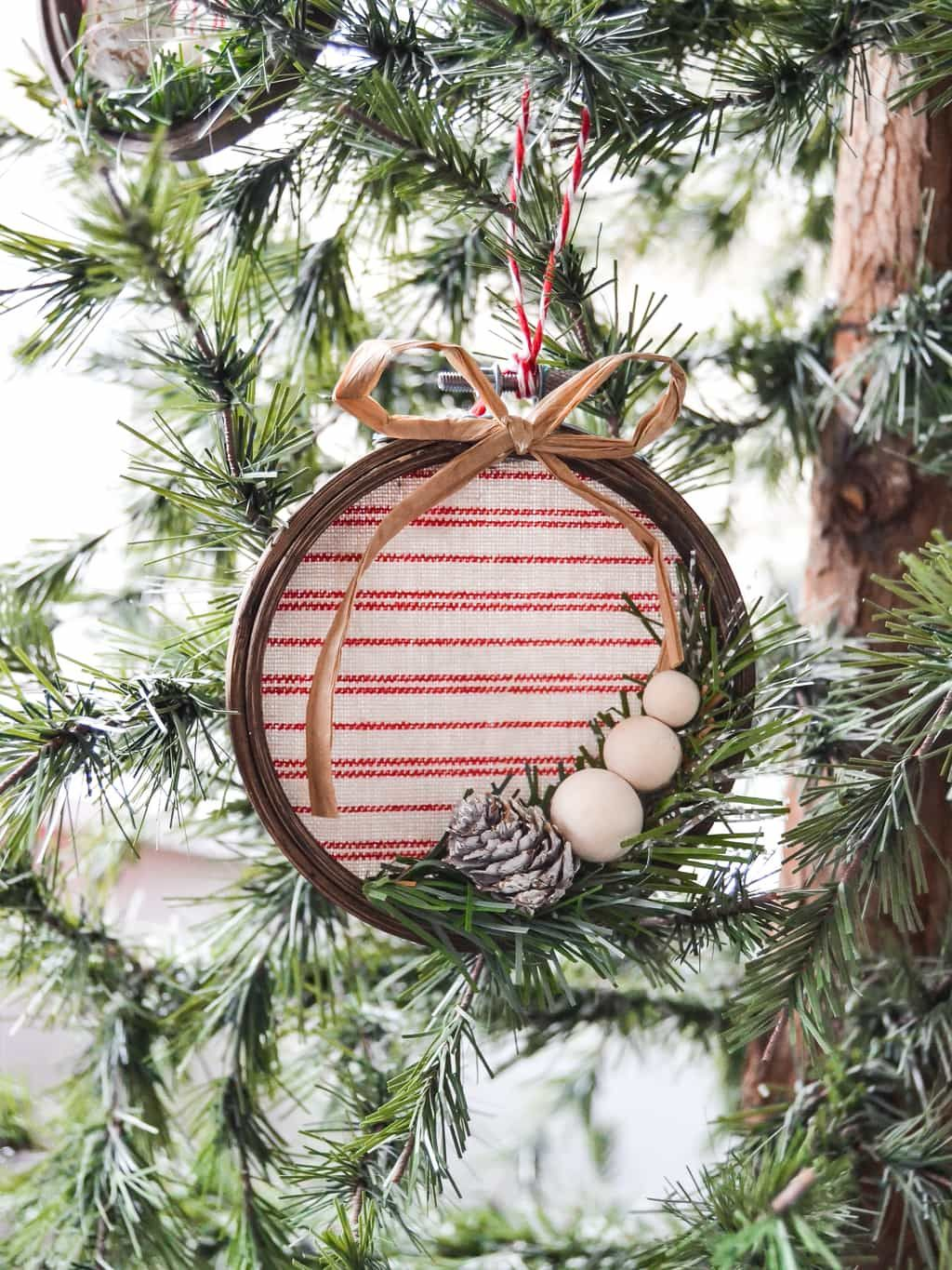 70 DIY Christmas Ornaments , Best Homemade Christmas Tree