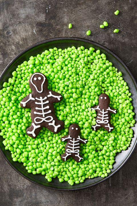 easy halloween cookie recipes - chocolate skeleton cookies