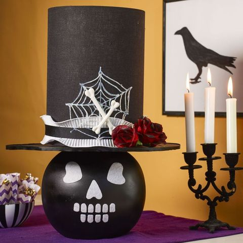 easy halloween decorations skull lamp