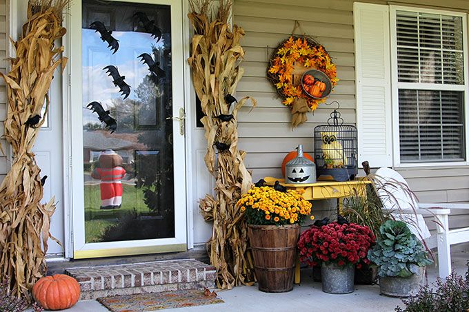 43 best outdoor halloween decoration ideas easy halloween yard and porch decor